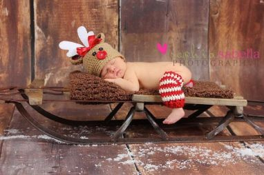 Newborn Christmas Pictures 40