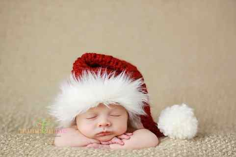 Newborn Christmas Pictures 46