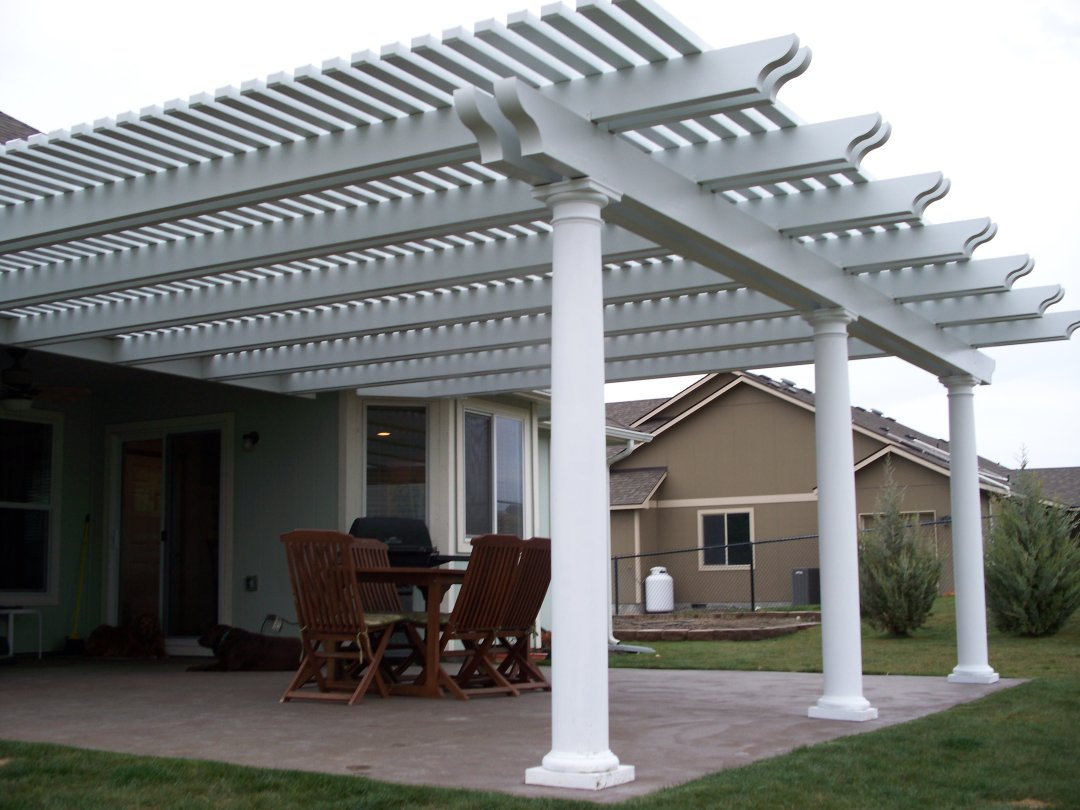 Pergola with double beam and rafter