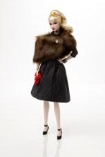 Nostalgia - Dania Zarr™ Dressed Doll - The Fashion Royalty® Collection: limitada a 600 unidades | Crédito da imagem: divulgação Integrity Toys