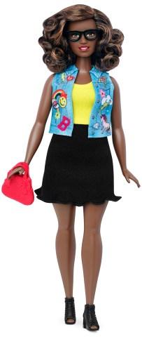 Curvy Emoji Fun   Crédito da imagem: divulgação Mattel   www.barbie.com