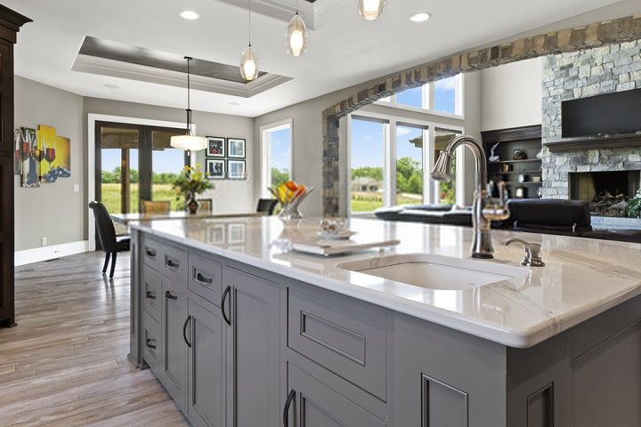 How to Measure a Kitchen Sink and Cabinets