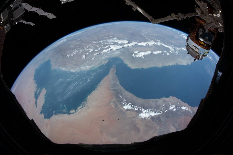 picture of UAE from space hazza emirati astronaut