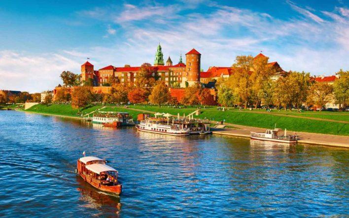 افضل وجهات السفر 2021 - تكلفة السفر إليها - المعالم السياحية - الوقت الأنسب للزيارة | ماي بيوت