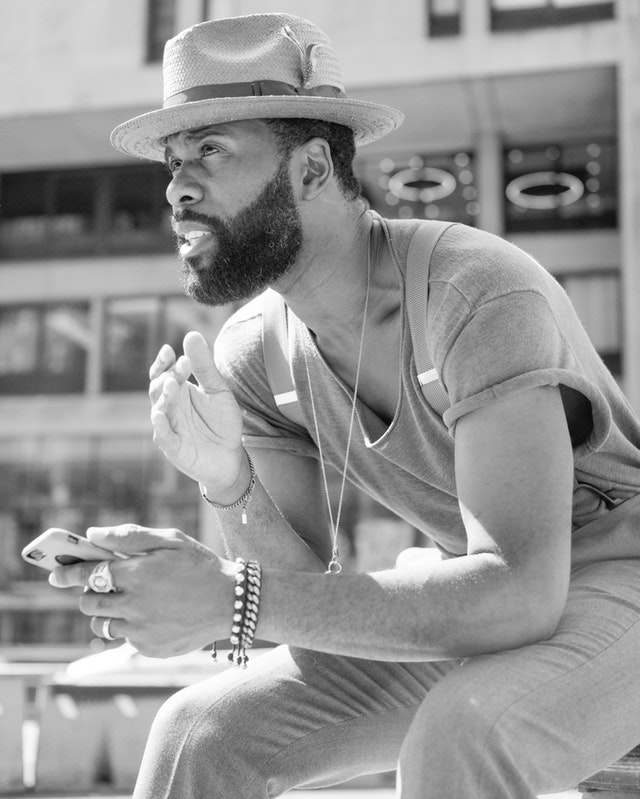 bearded-man-black-and-white-casual-wear-2888637