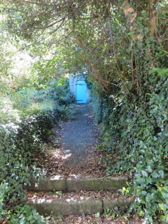 Lane and gate