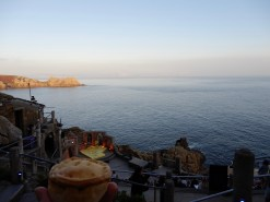 Picnic pie at the Minack