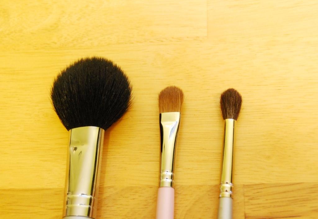Pinceaux : les essentiels (pinceaux plats et estompeurs)
