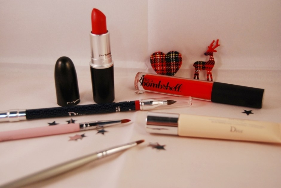 MAC Ruby Woo 17