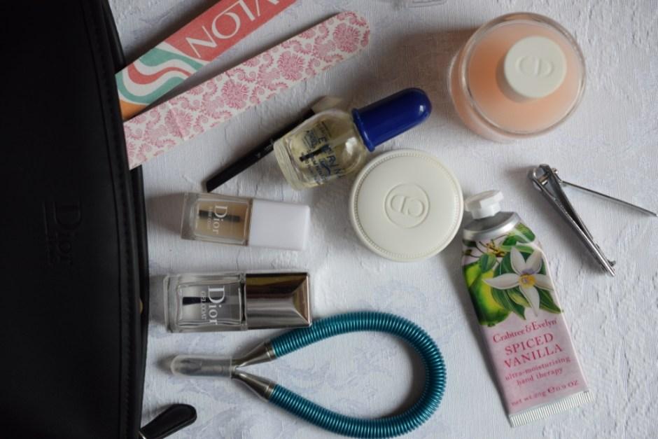 Manucure ongles 1