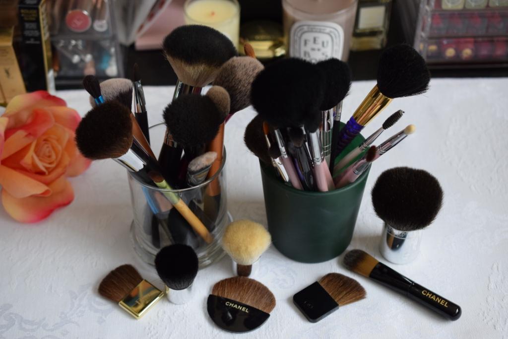 Brush story , une histoire de pinceaux [défi du lundi]