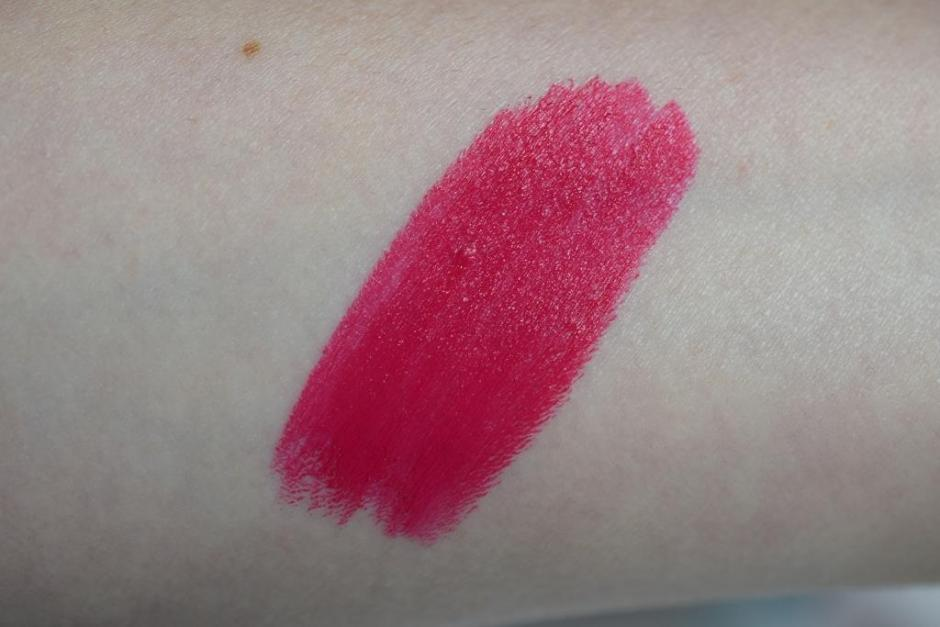 Givenchy Le Rouge Fuchsia Irrésistible 205 Couture Edition swatch 2