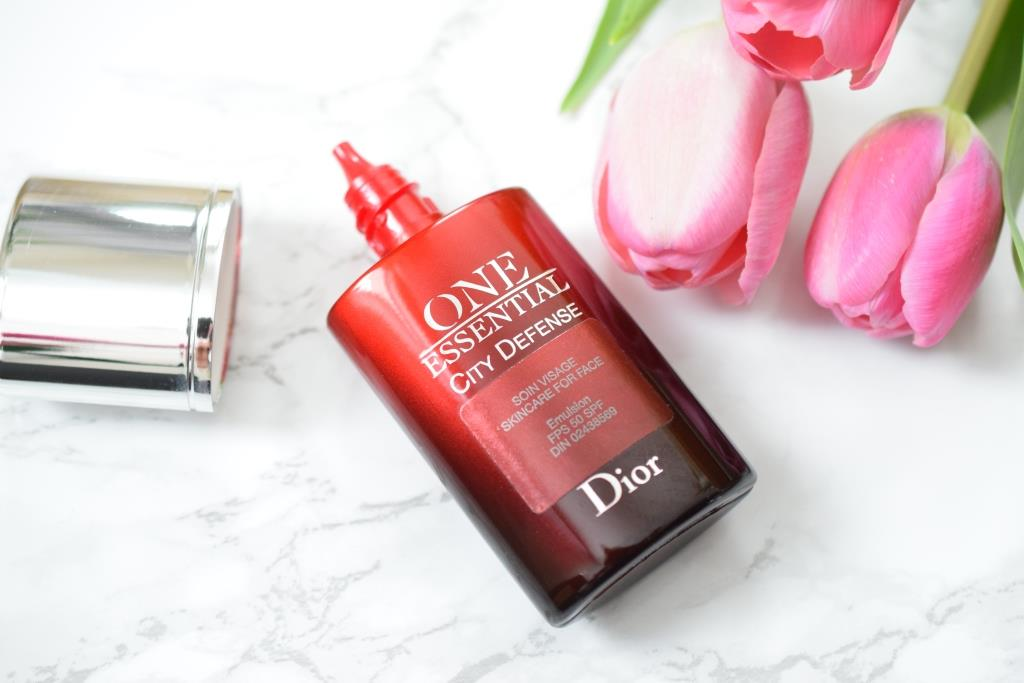 Dior One Essential City Defense Sunscreen