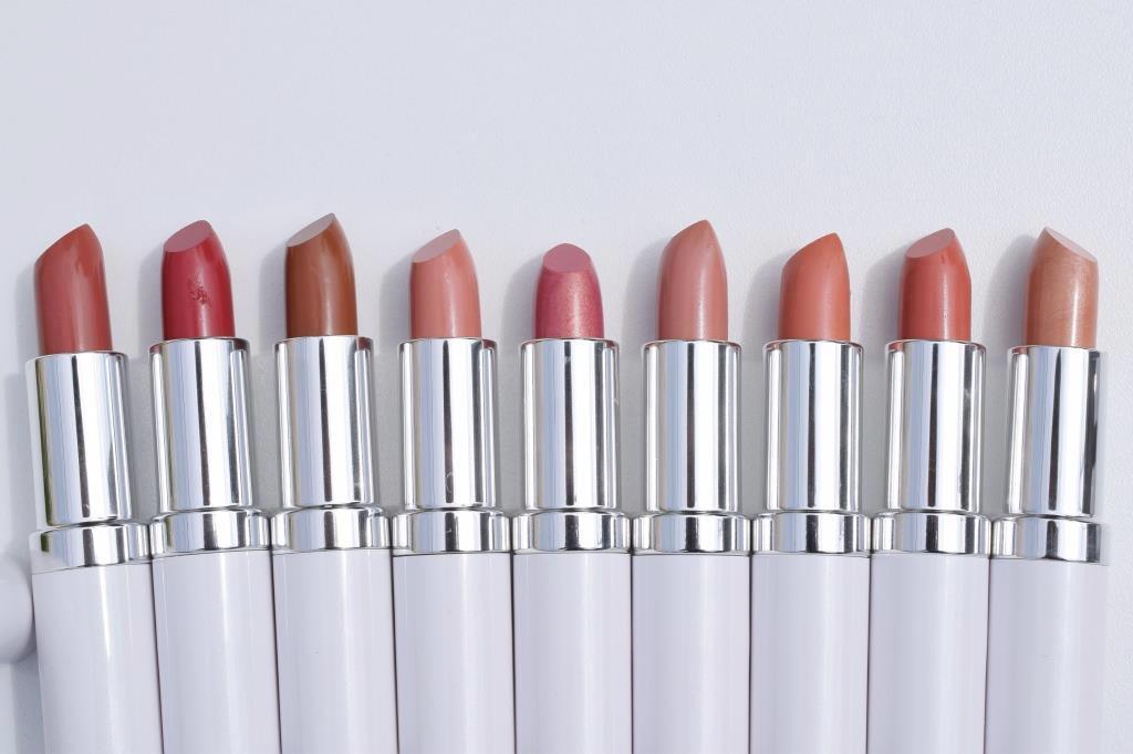 Ton Cosmetics rouges à lèvres neutres