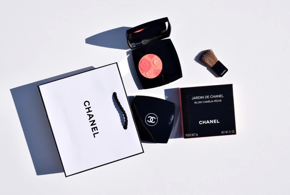 Chanel Blush Camelia Peche