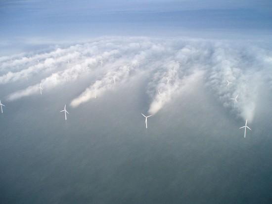 Armazenar Energia Eólica - Turbinas no meio de Neblina ( Fonte: NREL)