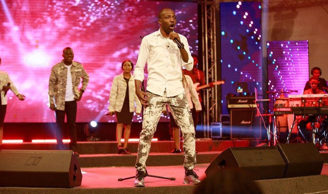 Download Dunsin Oyekan – With Joy [Mp3, Lyrics, Video]