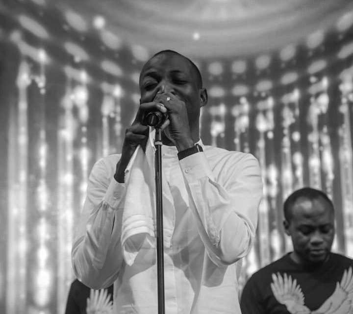 Download Dunsin Oyekan – You Remain The Same [Mp3, Lyrics, Video]