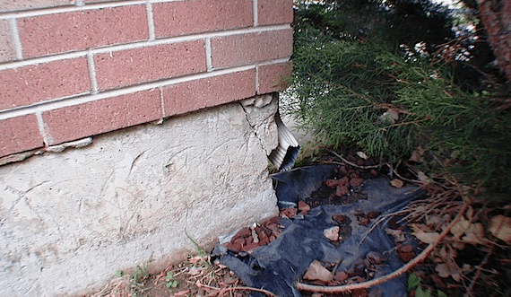 fixing-foundation-cracks-from-the-outside