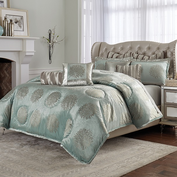 Upholstered Bed with Luxurious Bedding