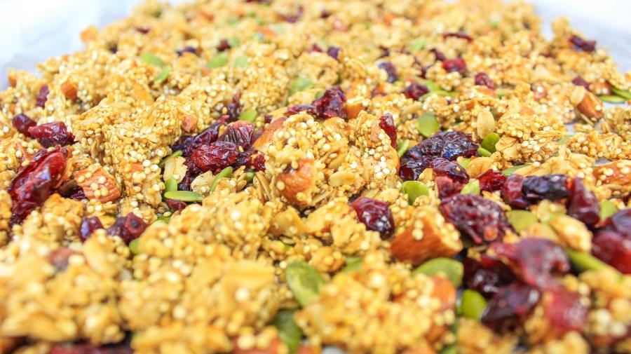 spiced quinoa oats granola 2