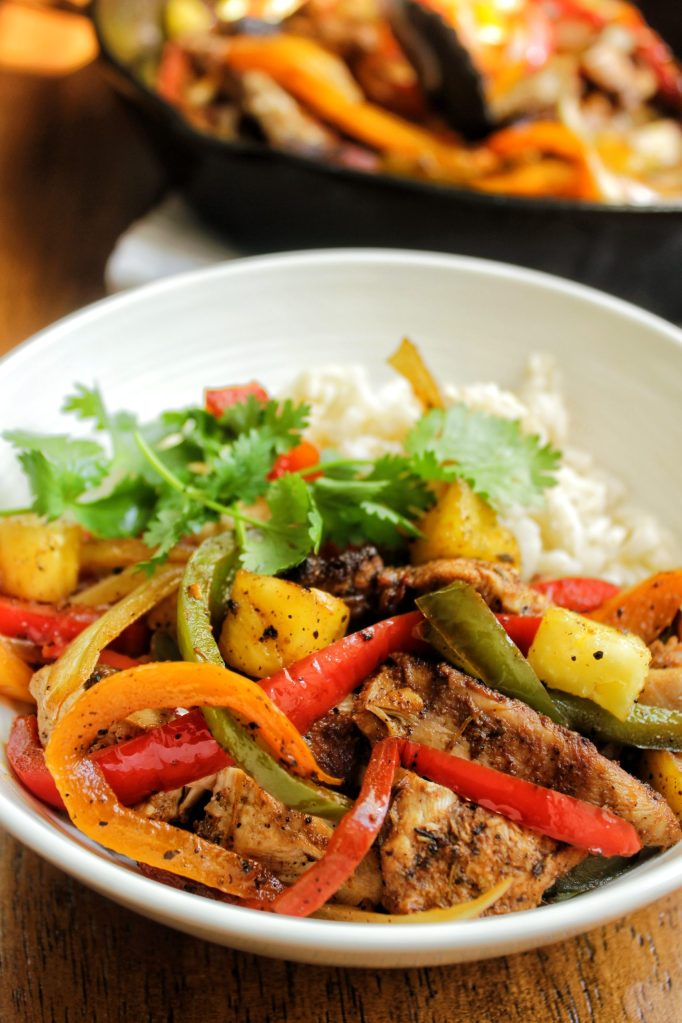 Jerk chicken pineapple fajitas with brown rice