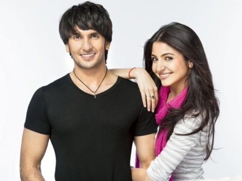 Ranveer-Singh-Got-Intimate-With-Anushka-Sharma-in-Dil-Dhadakne-Do