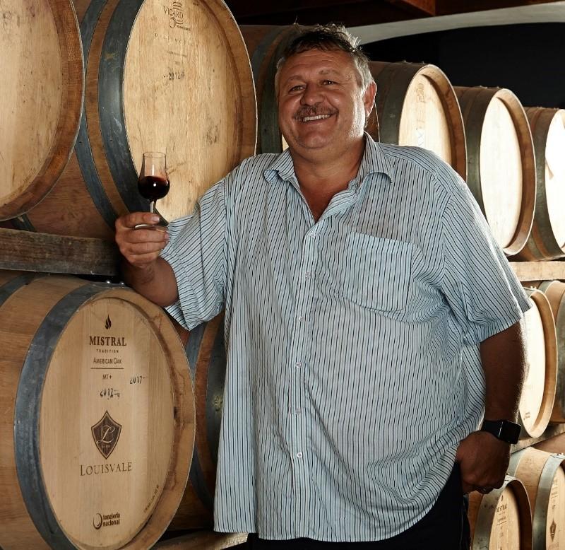 winemaker simon smit from louisvale