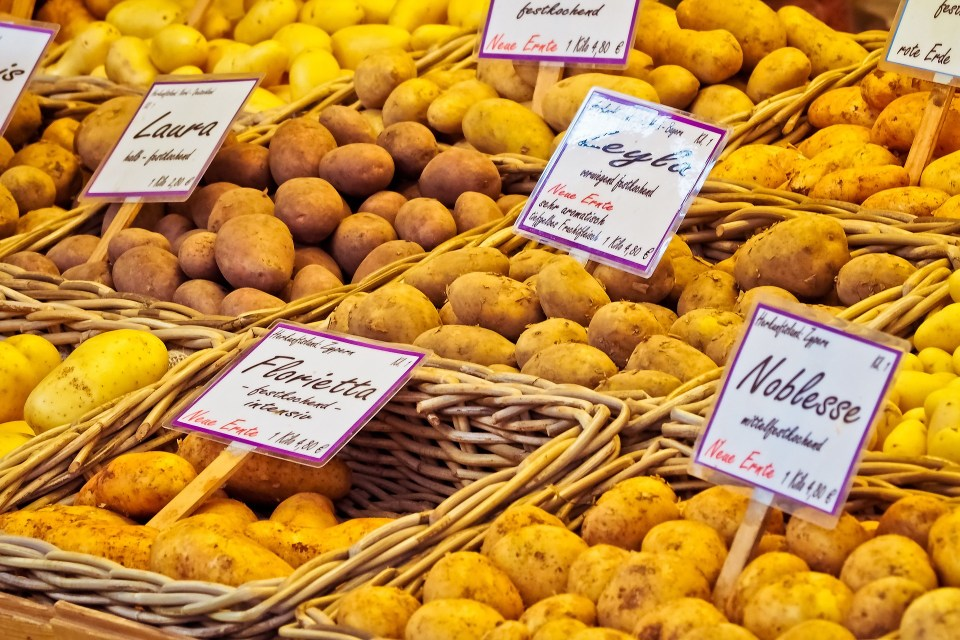 potatoes at the market