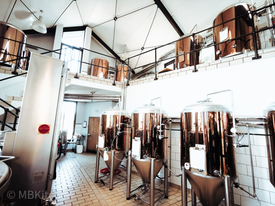 the full view of the boet beer micro brewery at four cousins restaurant