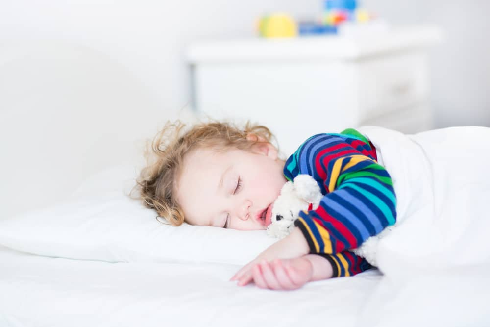 tips for getting a toddler to stay in their bed at night