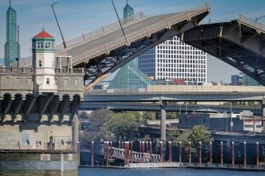 bridge raise portland, oregon
