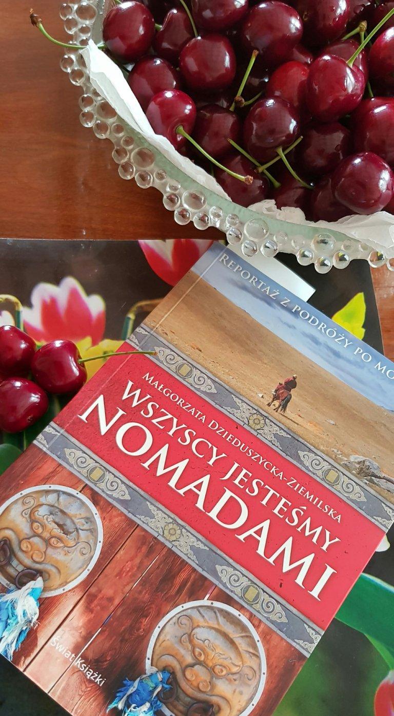 Książka Małgorzaty Dzieduszyckiej Ziemilskiej - Wszyscy jesteśmy nomadami