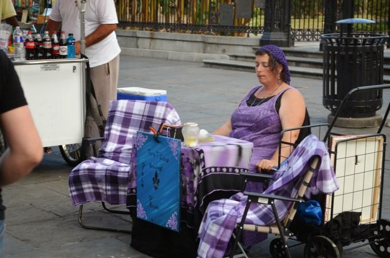 Lokalni wróżbici na ulicach Nowego Orleanu