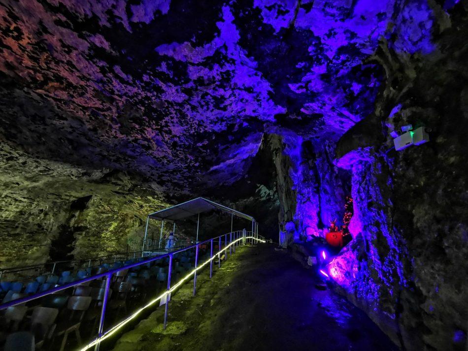 jaskinia Peak Cavern w Peak District