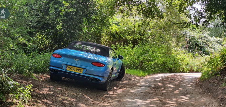 Bentley na Bickerton Hill