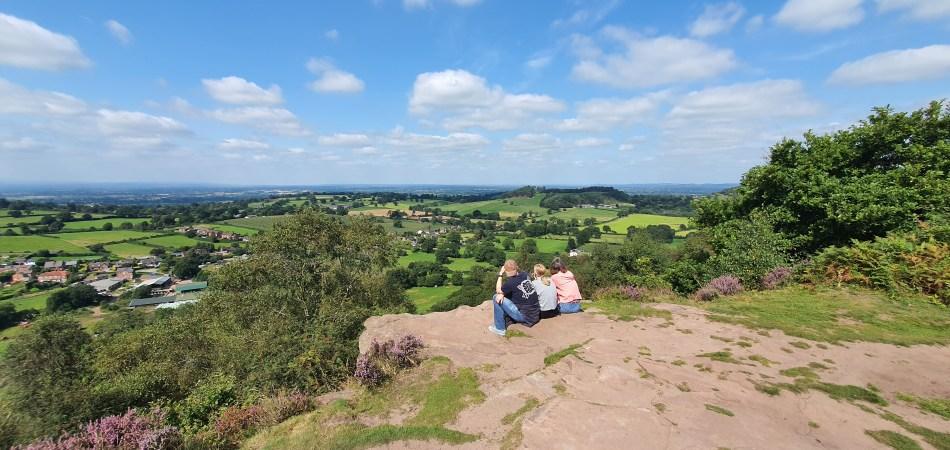 Wędrówka po Bickerton Hill - odpoczynek na szczycie