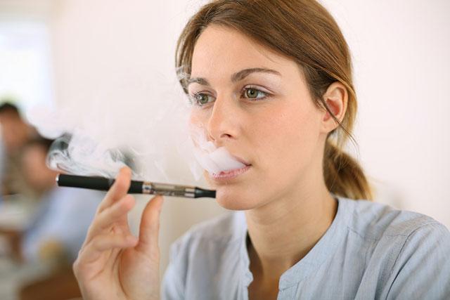 E-cigarettes safer than standard cigarettes – Study