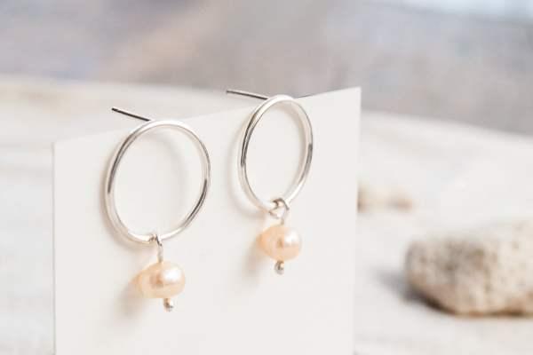 Aros de plata 925 con perla de río colgante rosada