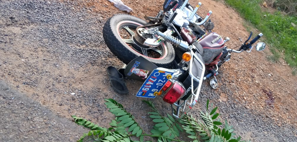 Taxi Collides Head-On With Okada in Akyem Tafo, Many Injured 2