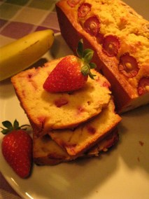 slices of strawberry and banana bread
