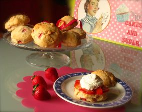 strawberries shortcake: http://wp.me/p2x5x0-Pk