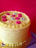 torta al cioccolato bianco e passion fruit curd: http://wp.me/p2x5x0-14S