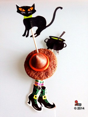 Cappello di strega - Shortbread al cacao http://wp.me/p2x5x0-1dQ