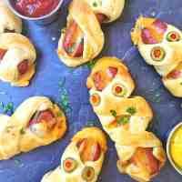Cheesy Mummy Bratwurst