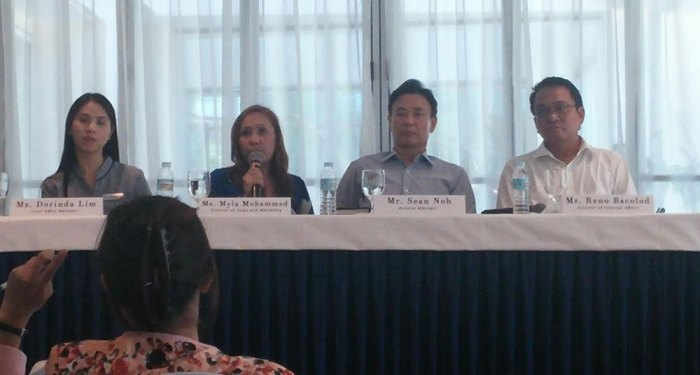 Philippine BXT Corporation and Imperial Palace executives announce resort's new brand.