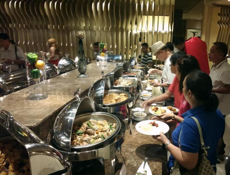 Grand Majestic buffet