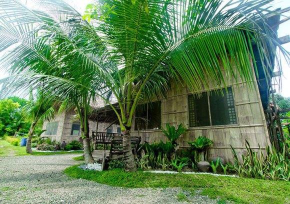Aloguinsan Farmhouse