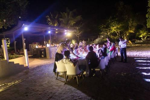 Beachside dining in Monkey Bar