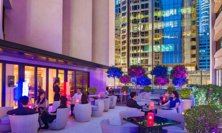 Be On Canton in Gateway Hotel is an al fresco dining terrace on Canton Road.